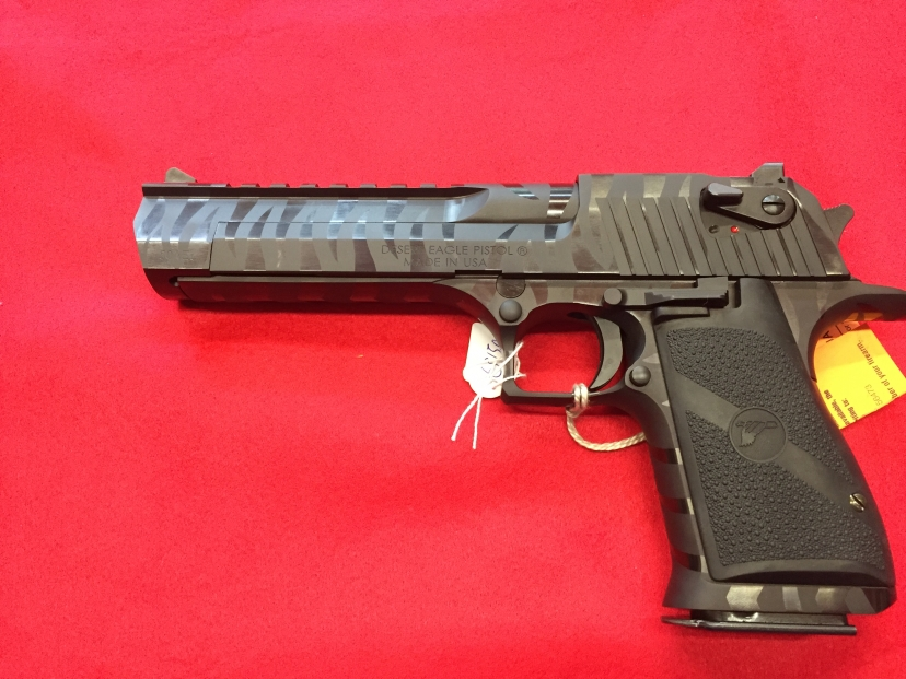 DESERT EAGLE BLACK TIGER